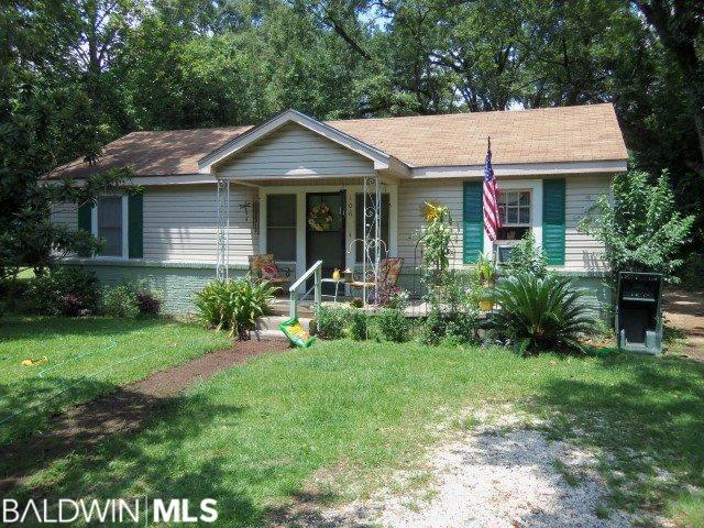 108 W 8th Street, Bay Minette, AL 36507 (MLS #287588) :: Elite Real Estate Solutions