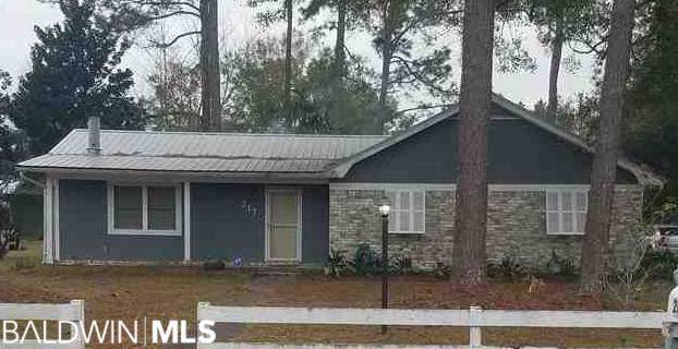 217 W Pedigo Av, Foley, AL 36535 (MLS #292330) :: JWRE Powered by JPAR Coast & County