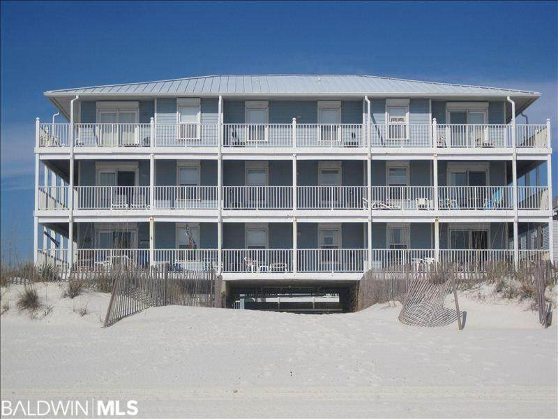 1129 Beach Blvd - Photo 1