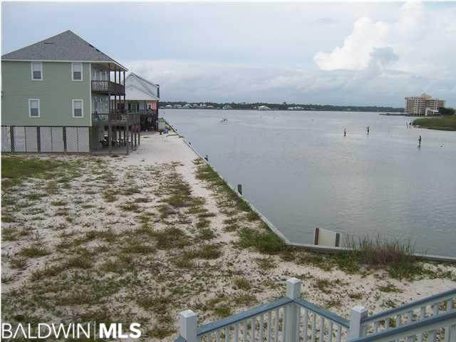 110 Pass Drive, Gulf Shores, AL 36542 (MLS #302883) :: The Kim and Brian Team at RE/MAX Paradise