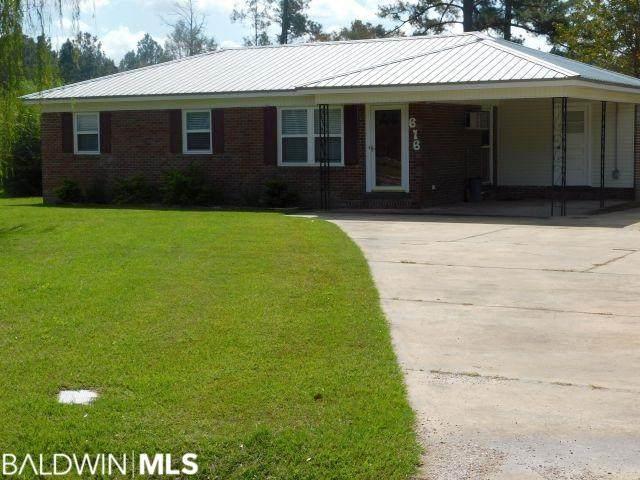 616 E Oak Street, Atmore, AL 36502 (MLS #305199) :: Elite Real Estate Solutions