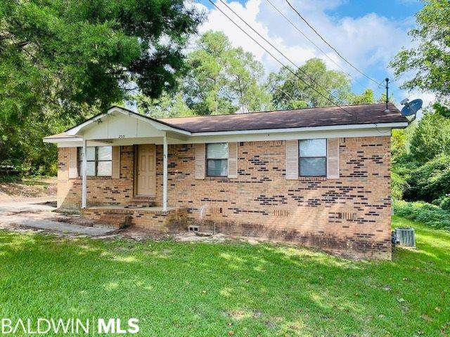 205 Veasey Street, East Brewton, AL 36426 (MLS #309935) :: Coldwell Banker Coastal Realty
