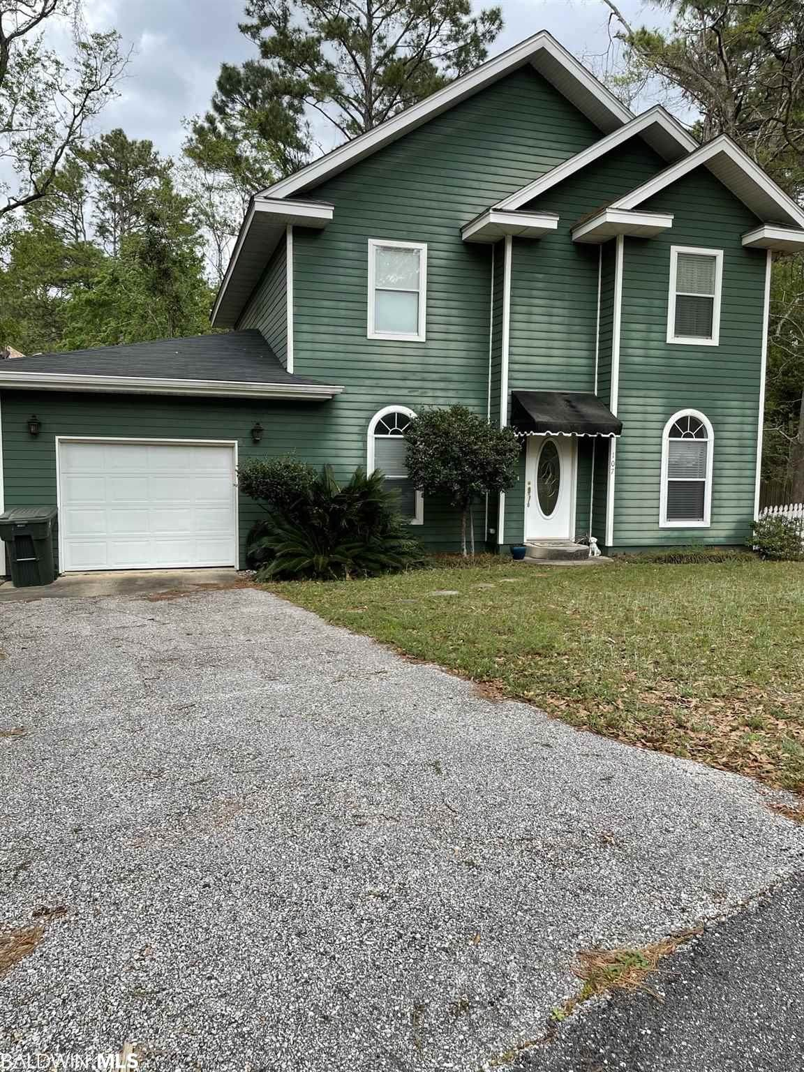 107 Golmon Cir - Photo 1