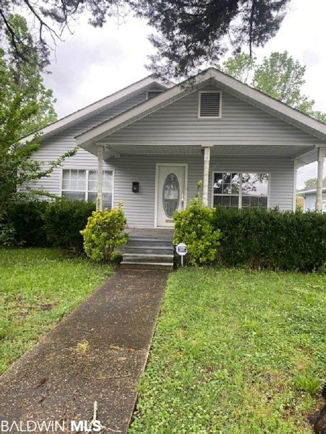 311 N Trammell Street, Atmore, AL 36502 (MLS #313577) :: Dodson Real Estate Group