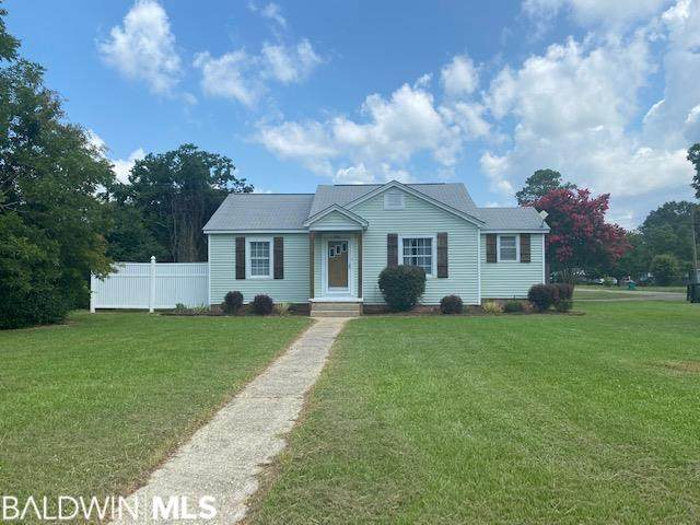 1105 E Horner Street, Atmore, AL 36502 (MLS #317582) :: The Kim and Brian Team at RE/MAX Paradise