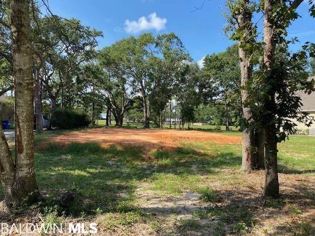 412 Clubhouse Drive, Gulf Shores, AL 36542 (MLS #319823) :: Alabama Coastal Living