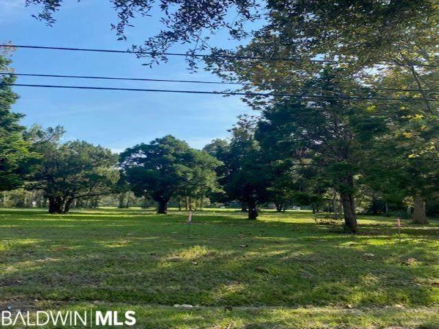 1314 Randall Avenue, Daphne, AL 36526 (MLS #321238) :: Dodson Real Estate Group