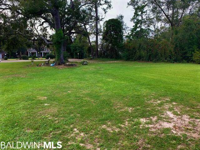 203 Perdido Avenue, Fairhope, AL 36532 (MLS #321349) :: Ashurst & Niemeyer Real Estate