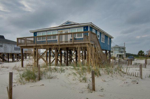 3292 E Ponce De Leon Court, Gulf Shores, AL 36542 (MLS #52108) :: Gulf Coast Experts Real Estate Team