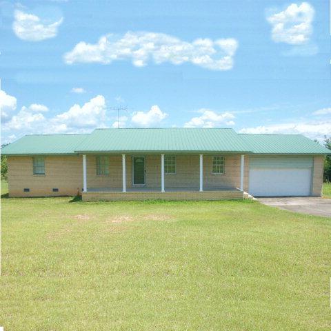 4534 Us Highway 31, Castleberry, AL 36432 (MLS #249752) :: Elite Real Estate Solutions