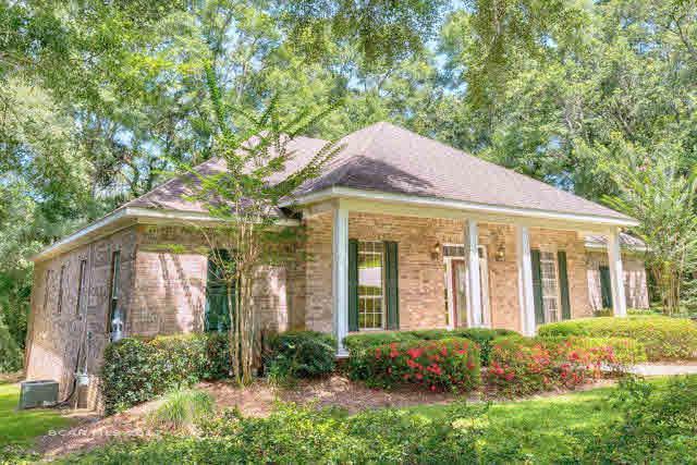 14 Greenbrier Lane, Fairhope, AL 36532 (MLS #255300) :: Gulf Coast Experts Real Estate Team