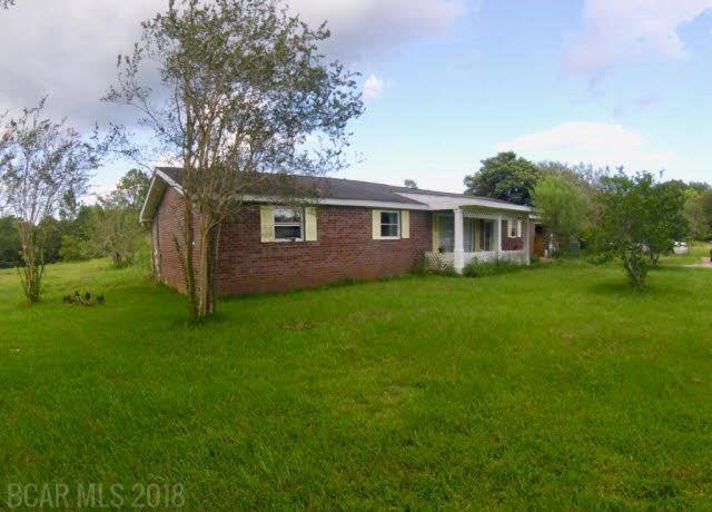 25749 Highway 90, Robertsdale, AL 36567 (MLS #256314) :: Elite Real Estate Solutions