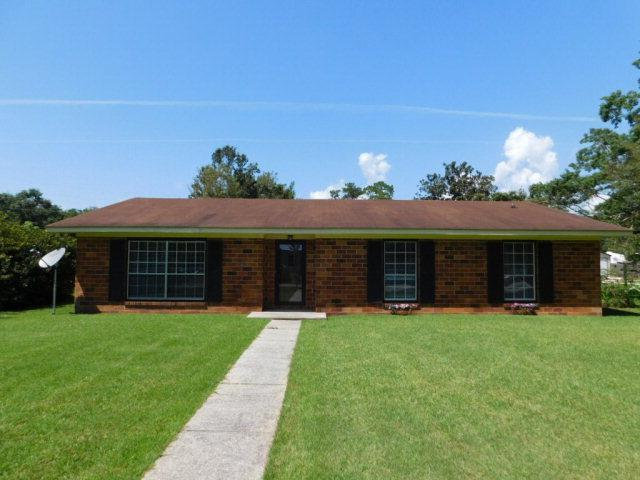 420 Magnolia Avenue, Foley, AL 36535 (MLS #257283) :: The Premiere Team