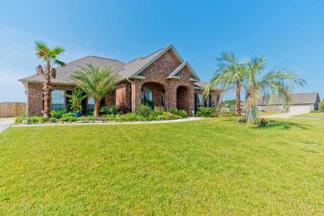 667 Dorr Ave, Gulf Shores, AL 36542 (MLS #274792) :: The Kim and Brian Team at RE/MAX Paradise