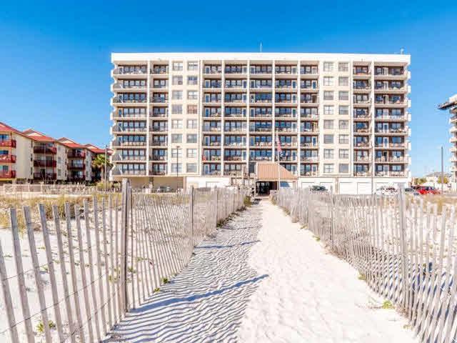 407 W Beach Blvd, Gulf Shores, AL 36542 (MLS #280277) :: ResortQuest Real Estate