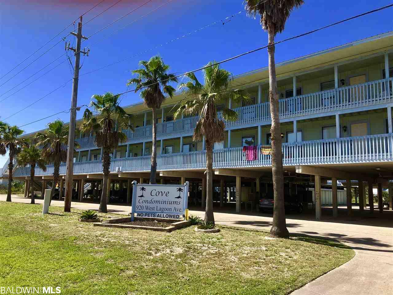 920 Lagoon Avenue - Photo 1