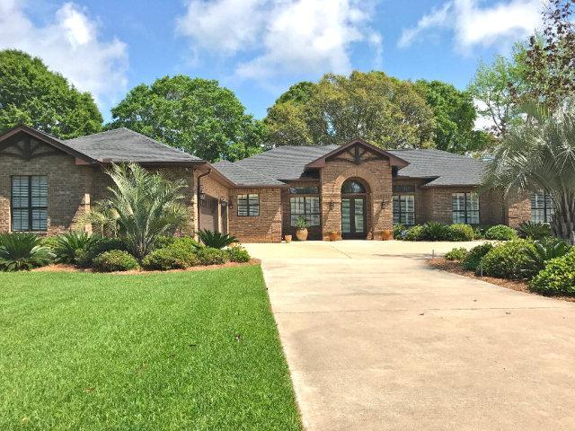 611 Estates Drive, Gulf Shores, AL 36542 (MLS #251251) :: The Kim and Brian Team at RE/MAX Paradise