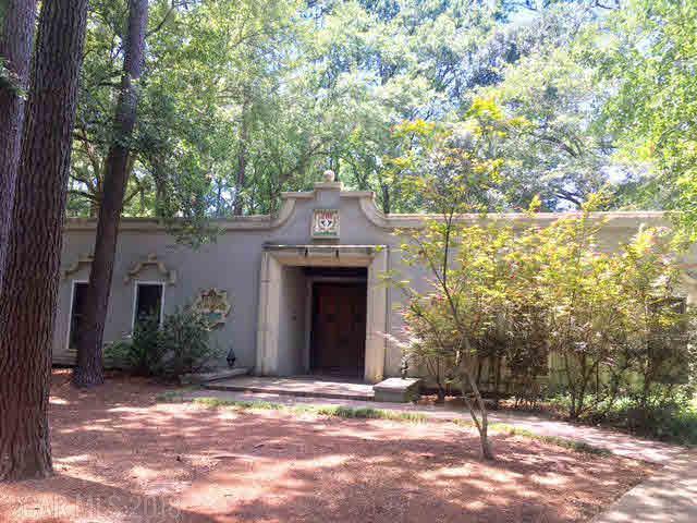 2111 Oxford Cir, Daphne, AL 36526 (MLS #253970) :: Elite Real Estate Solutions