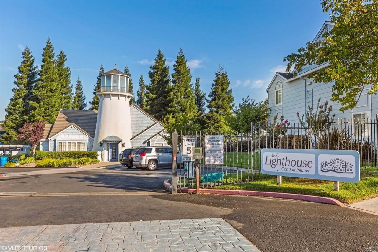 403 Lighthouse Drive - Photo 1