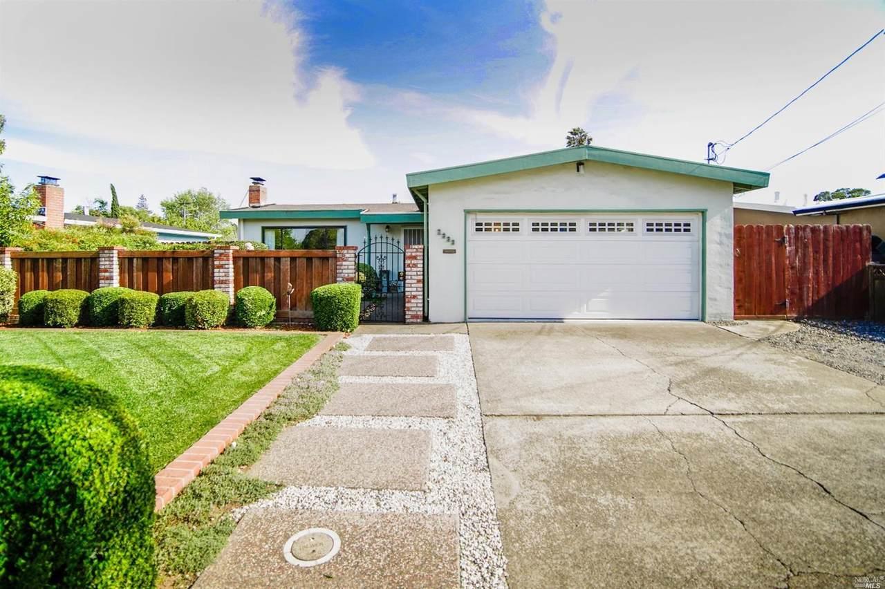 2333 Redwood Road - Photo 1