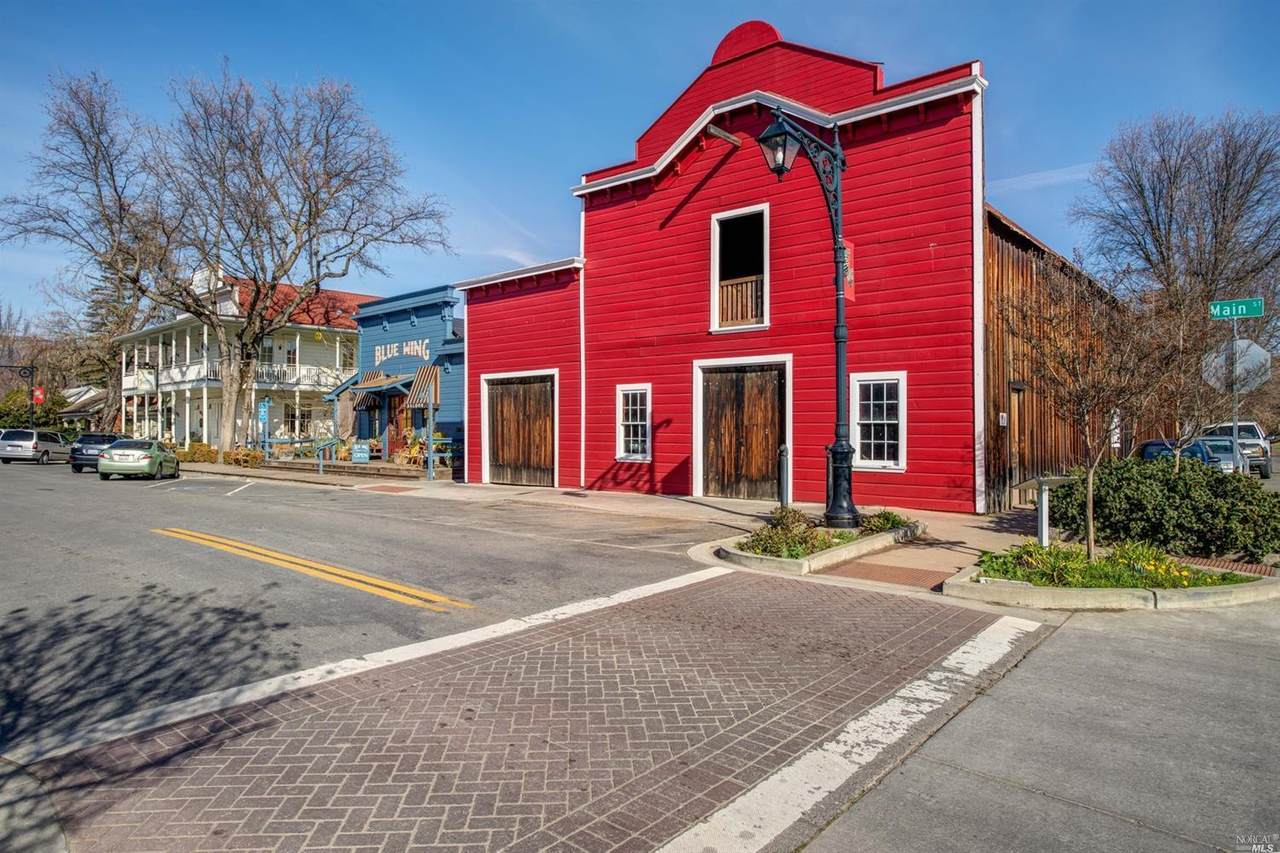 9510 Main Street - Photo 1