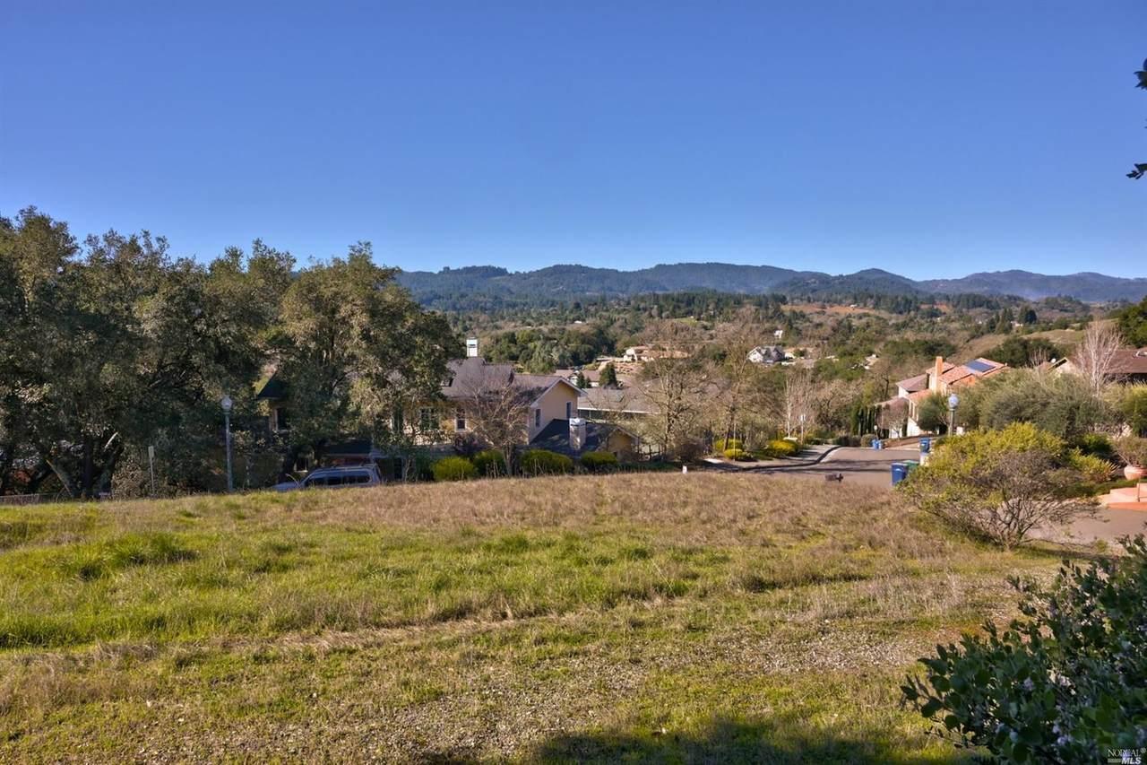 279 Clear Ridge Drive - Photo 1