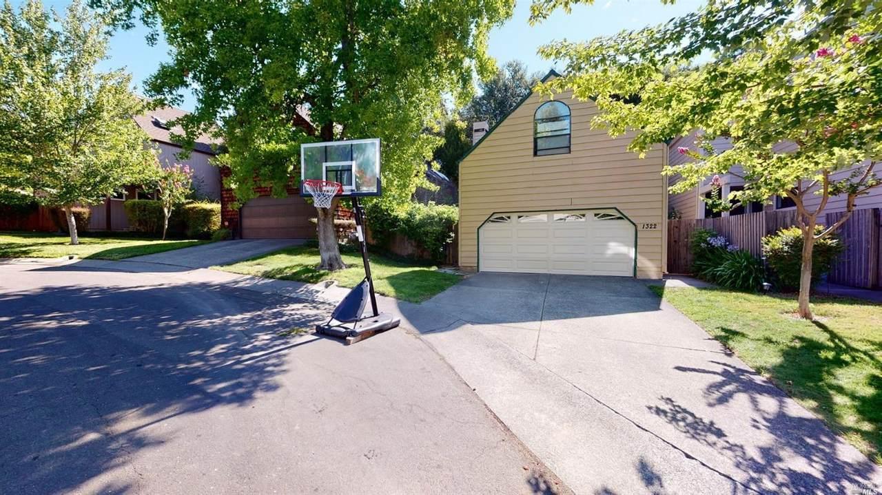 1322 Creekside Court - Photo 1