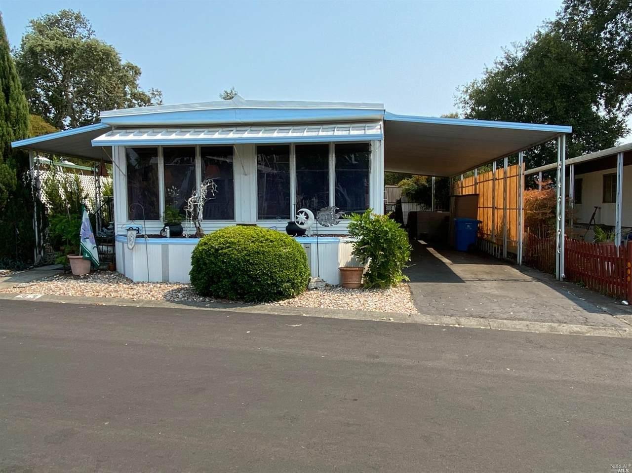 93 Coronado Circle - Photo 1