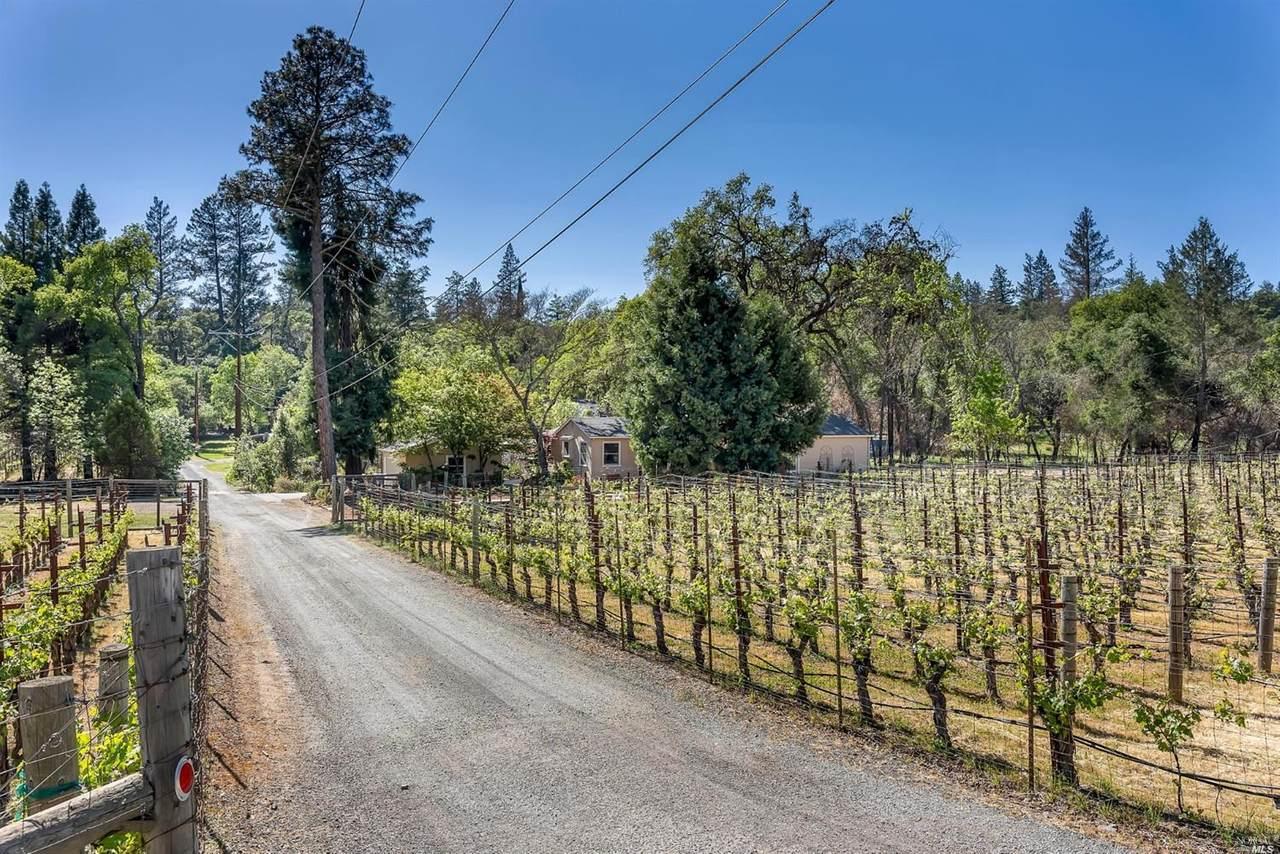 102 Lilac Lane - Photo 1