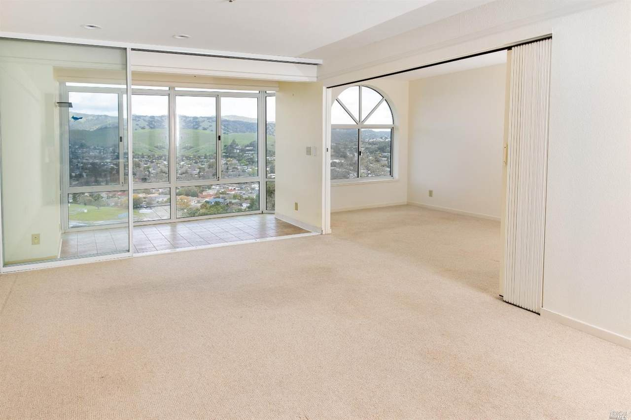 100 Thorndale Drive - Photo 1