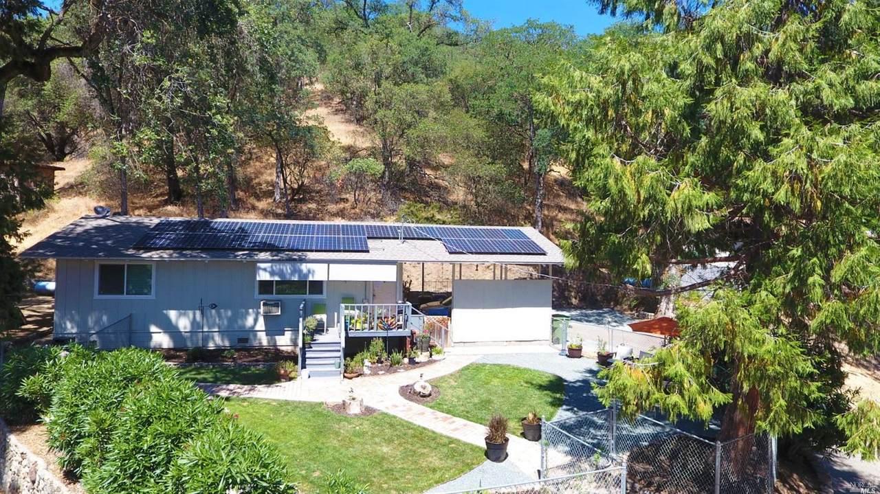 2922 Douglas Terrace - Photo 1