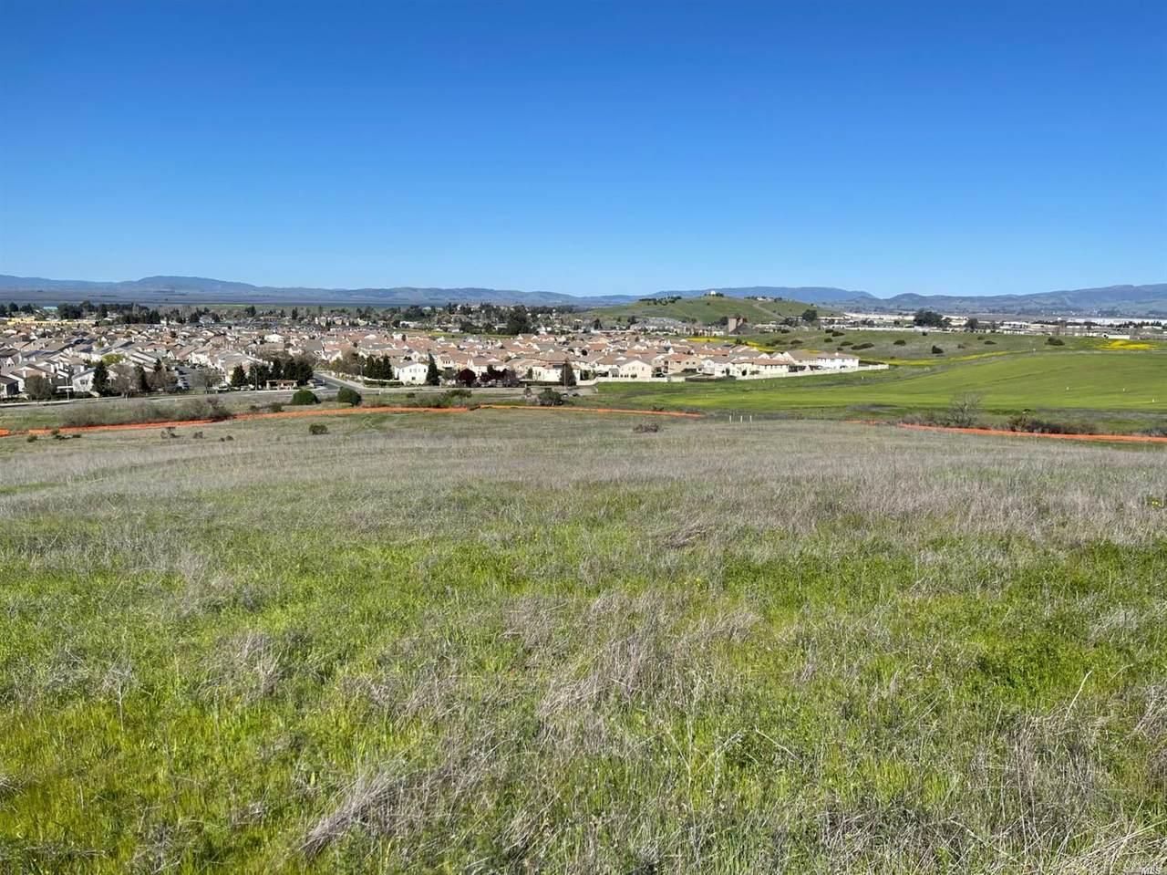 107 Canyon Estates Circle - Photo 1