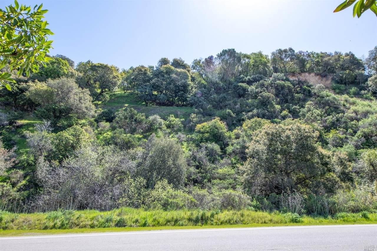 110 Sunny Oaks Drive - Photo 1