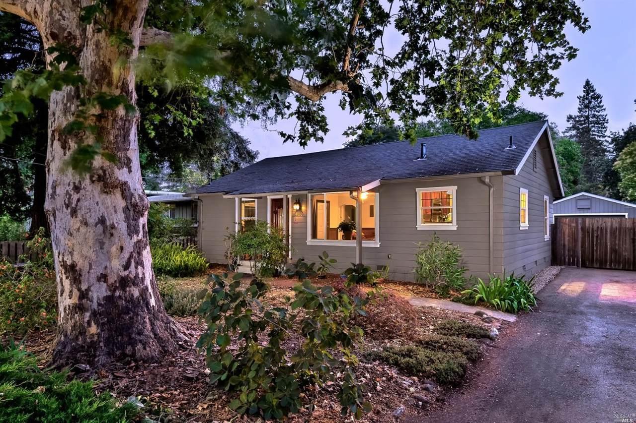 1086 Lilac Drive - Photo 1