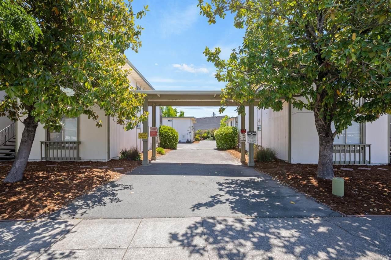 6202 Montecito Boulevard - Photo 1