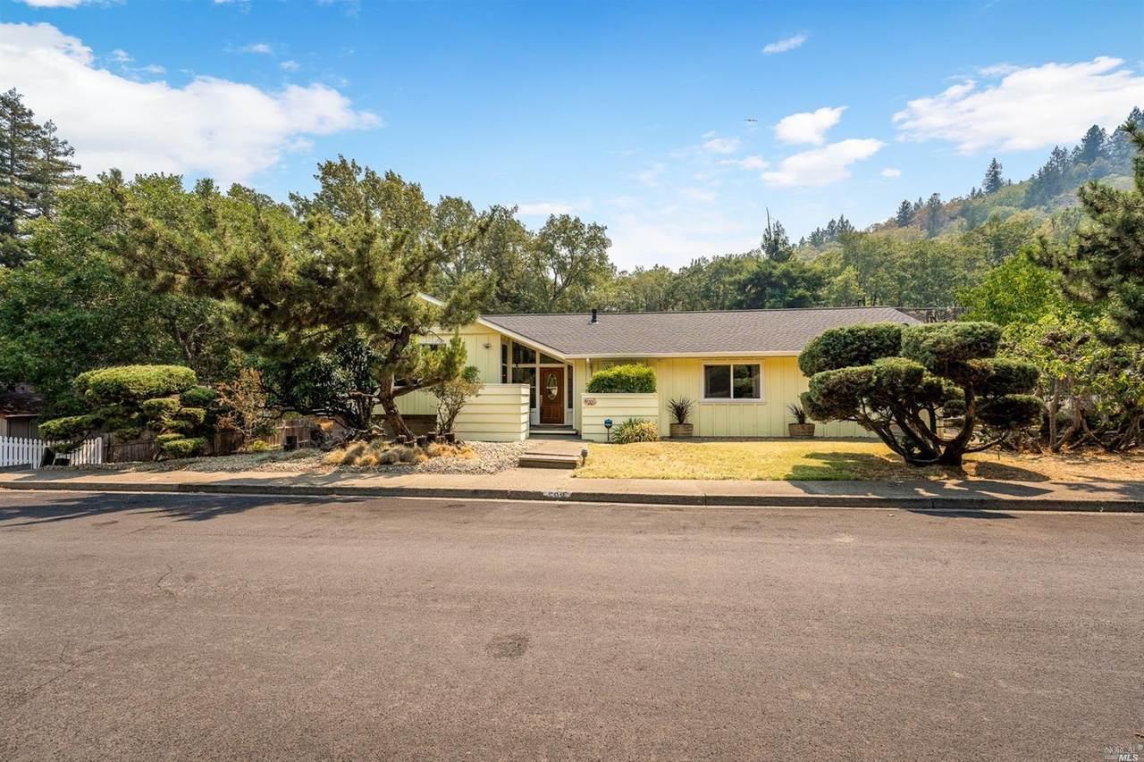 599 Redwood Avenue - Photo 1