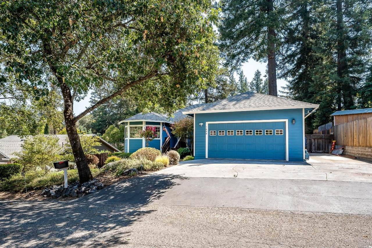 1659 Madrone Drive - Photo 1