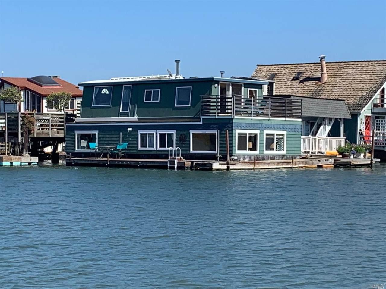 41 Pier - Photo 1
