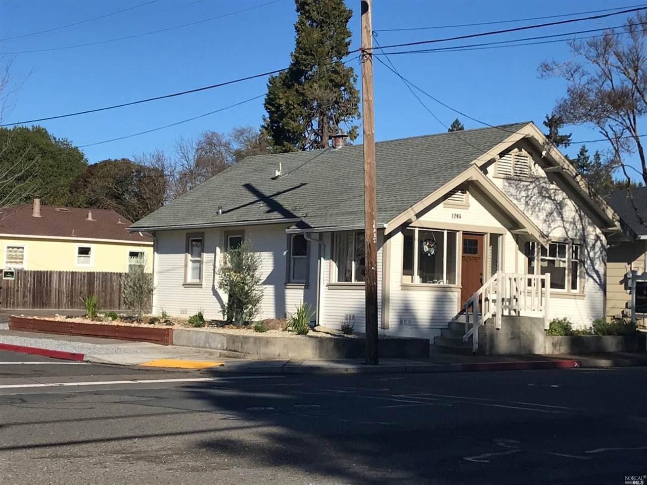 1203 College Avenue - Photo 1