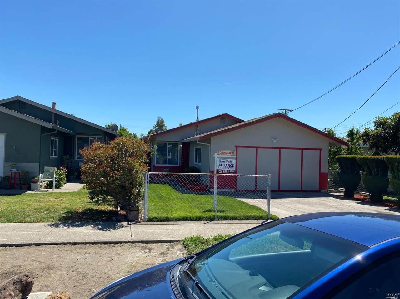 1408 Burbeck Avenue - Photo 1