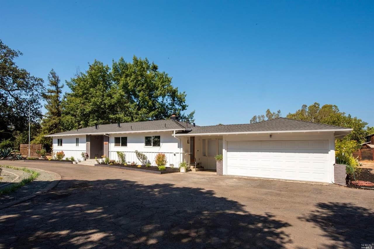 865 Petaluma Avenue - Photo 1