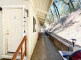 2922 Douglas Terrace - Photo 15