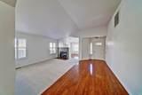 404 Foxwood Court - Photo 7