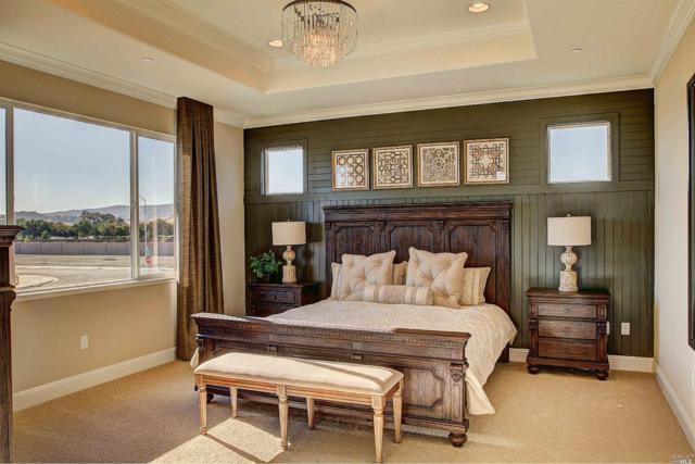 136 Crescent Drive, Vacaville, CA 95688 (#21714869) :: Intero Real Estate Services