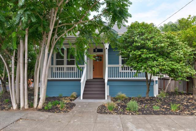 217 East Street, Healdsburg, CA 95448 (#21718090) :: The Todd Schapmire Team at W Real Estate