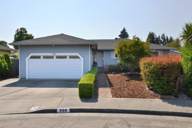 909 Renee Court, Santa Rosa, CA 95401 (#21719247) :: RE/MAX PROs