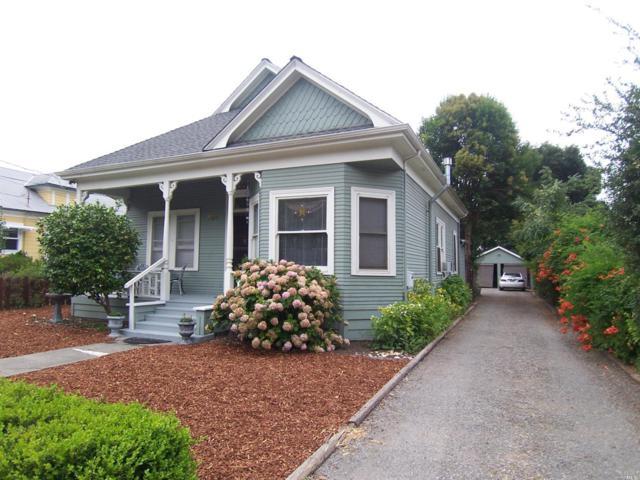 922 Clark Street, Santa Rosa, CA 95404 (#21719289) :: RE/MAX PROs