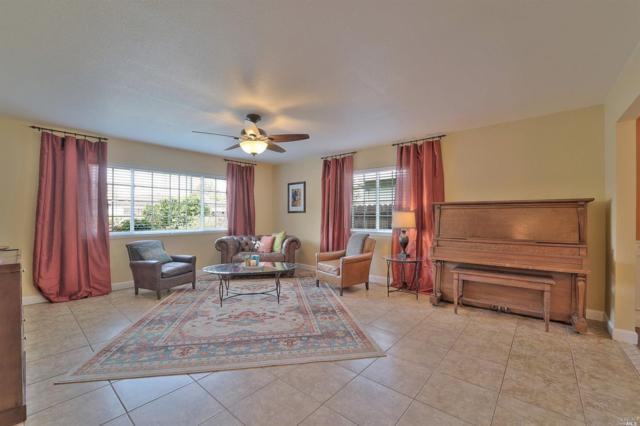219 Poplar Street, Vacaville, CA 95688 (#21724315) :: Intero Real Estate Services