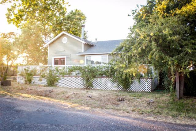 473 W Grant Street, Healdsburg, CA 95448 (#21726038) :: The Todd Schapmire Team at W Real Estate