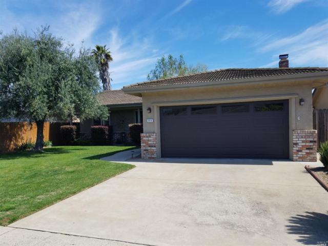 302 Tioga Drive, Lodi, CA 95242 (#21807675) :: Ben Kinney Real Estate Team